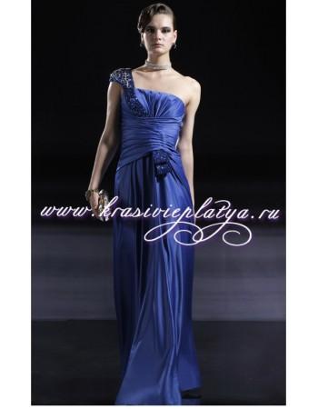 Шикарное вечернее синее платье в камнях