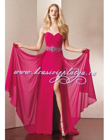 Длинное вечернее розовое платье без бретелей