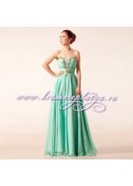 Нежно-голубое вечернее платье украшенное камнями