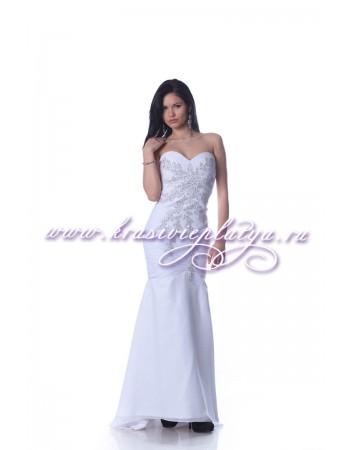 Белое вечернее платье c бисером и пайетками
