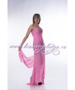 Розовое длинное платье с камнями
