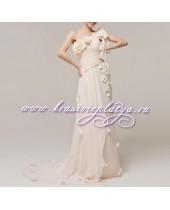 Кремовое платье в греческом стиле