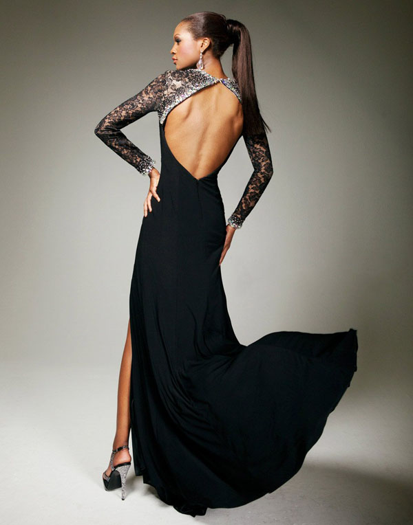 Черное платье с голой спиной этом